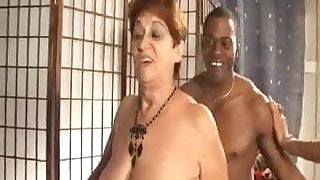 TWO OLD ITALIAN MATURES FUCKED BY A BLACK MAN