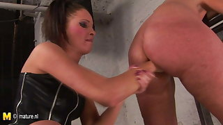 Young mistress girl hard pleasing her mature sex slave lady