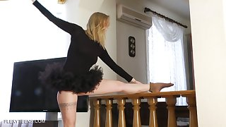 Alterable ballerina Sofya Belaya gets naked and shows off scrumptious snatch