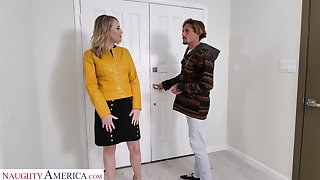 Hot friend's mommy Elle McRae turned to shudder at blowjob expert and insatiable whore