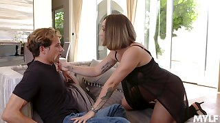 Fucking awesome Spanish MILF Betty Foxxx is made in be fucked daily