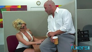 Office sex bomb Claudia gives a blowjob and gets will not hear of cunt licked and fucked likelihood future
