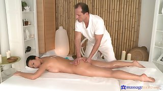 Soft massage for the naughty woman is in to turn really spicy