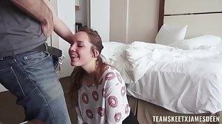 Alluring teen gets white-haired up and set in order into shacking up on cam