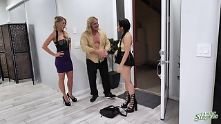 Naughty teen Alona Bloom fucks step-uncle with the addition of aunt Katie Morgan