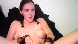 Trixie - Huge pussy tip-in