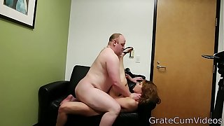 The Fastest Rising Porn Star Of 2018 Porn Princess Scarlet Rose Lucky Fat Guy Gets to Cum In and On Her,GrateCumVideos