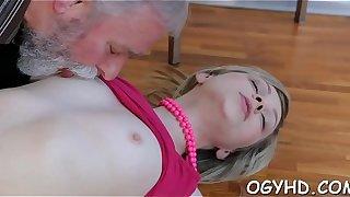 Juvenile nympho licks old dong